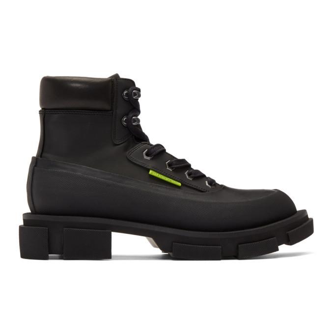 Photo: both Black Gao Mid Boots