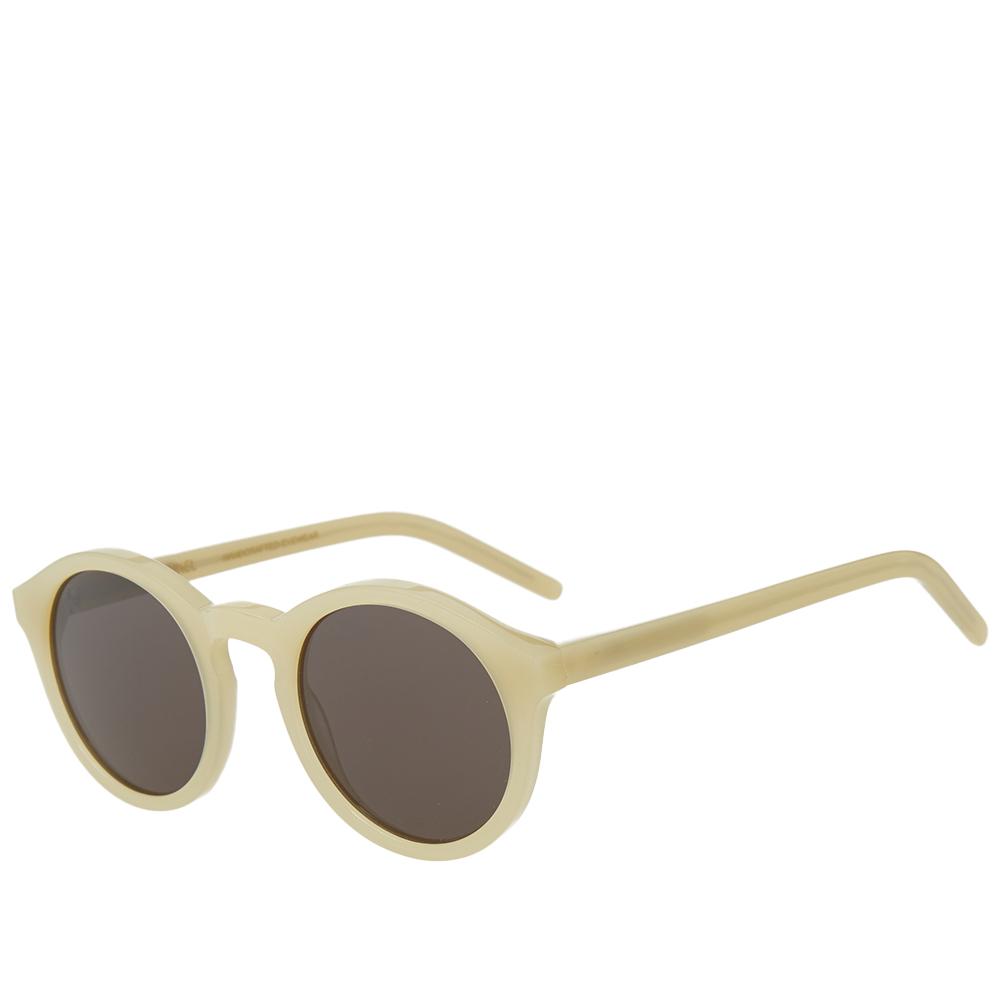 Photo: Monokel Barstow Sunglasses