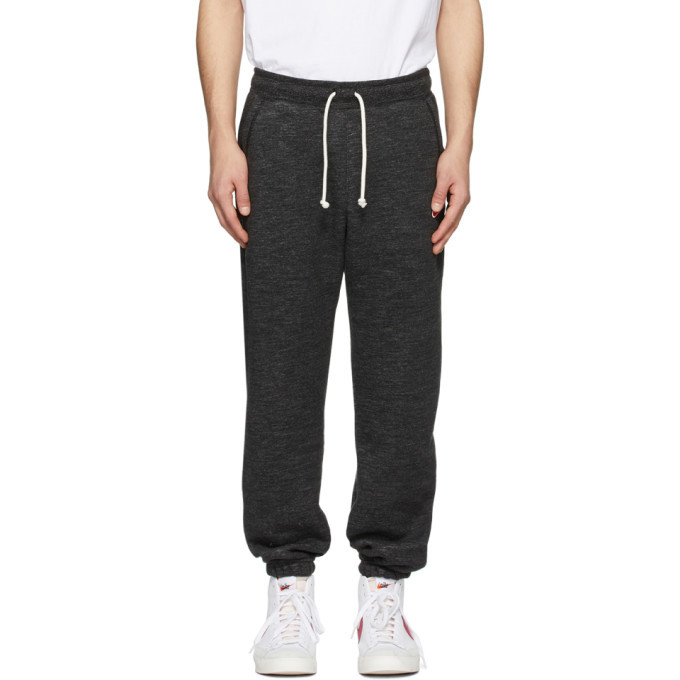 Photo: Nike Black Sportswear Heritage SB Lounge Pants
