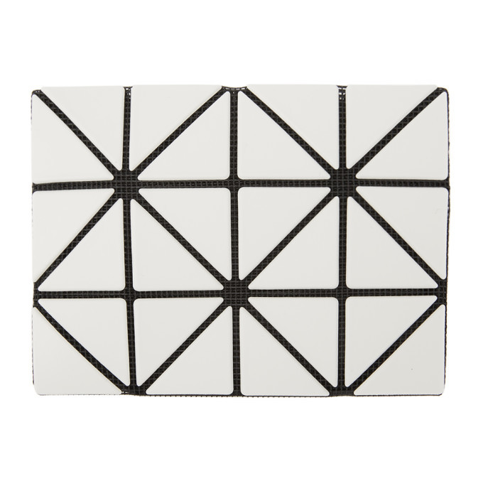 Photo: Bao Bao Issey Miyake Off-White Triangulated Card Case