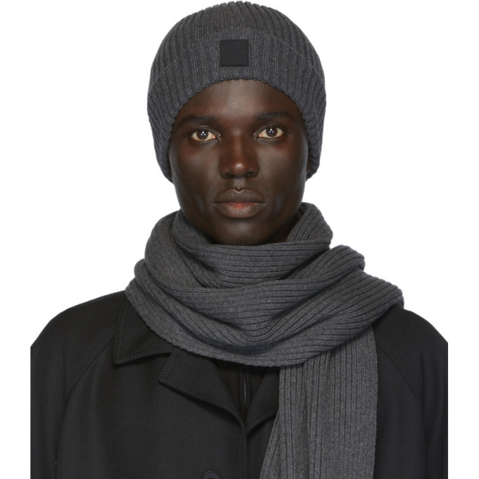 Photo: Boss Grey Gianto Beanie and Scarf Set