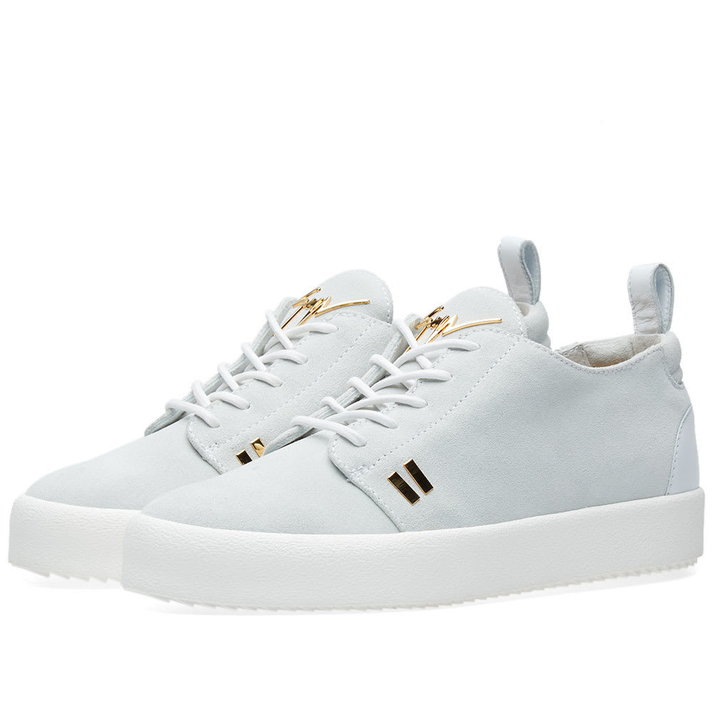 Photo: Giuseppe Zanotti Gold Tab Detail Low Sneaker White