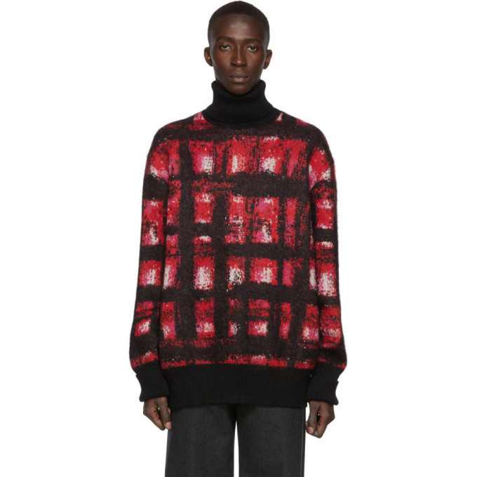 Photo: Alexander McQueen Red and White Mohair Turtleneck