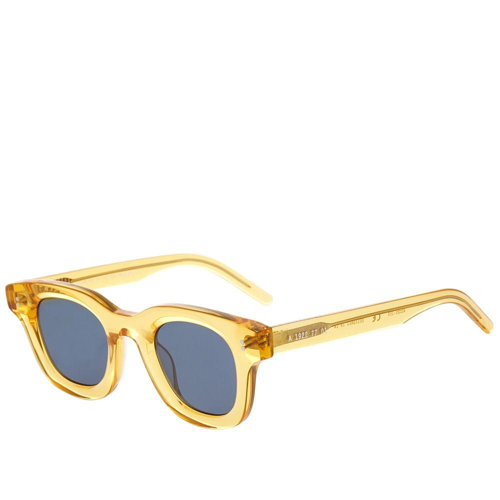 Photo: AKILA Apollo Sunglasses