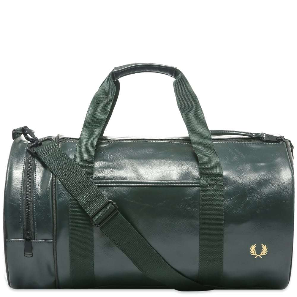 Photo: Fred Perry Authentic Tonal Barrel Bag