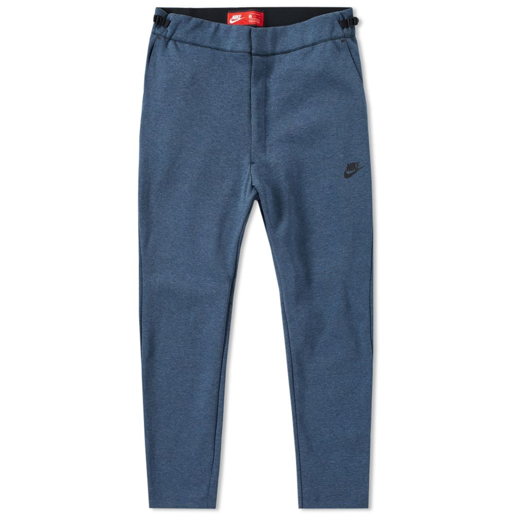 Photo: Nike Tech Fleece Cropped Pant
