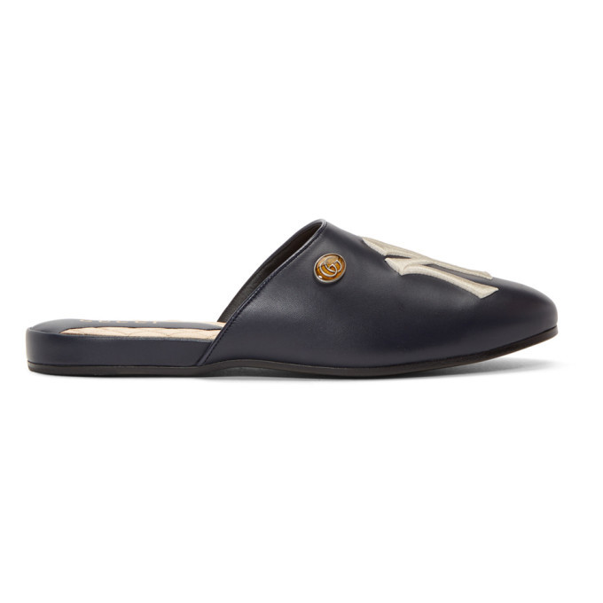 Photo: Gucci Navy NY Yankees Edition Flamel Patch Slippers