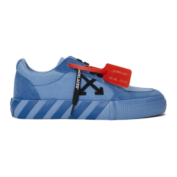 Photo: Off-White SSENSE Exclusive Blue Low Vulcanized Sneaker