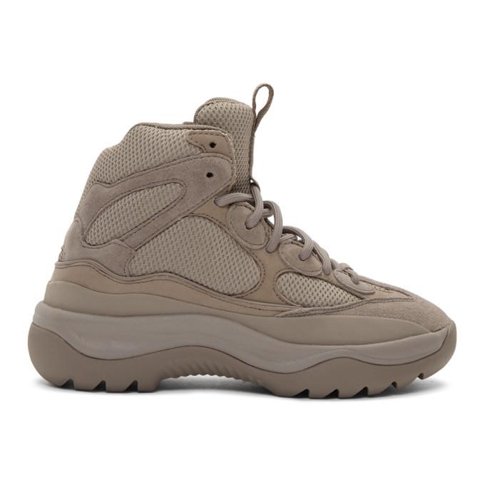 Photo: YEEZY Grey Desert Boot