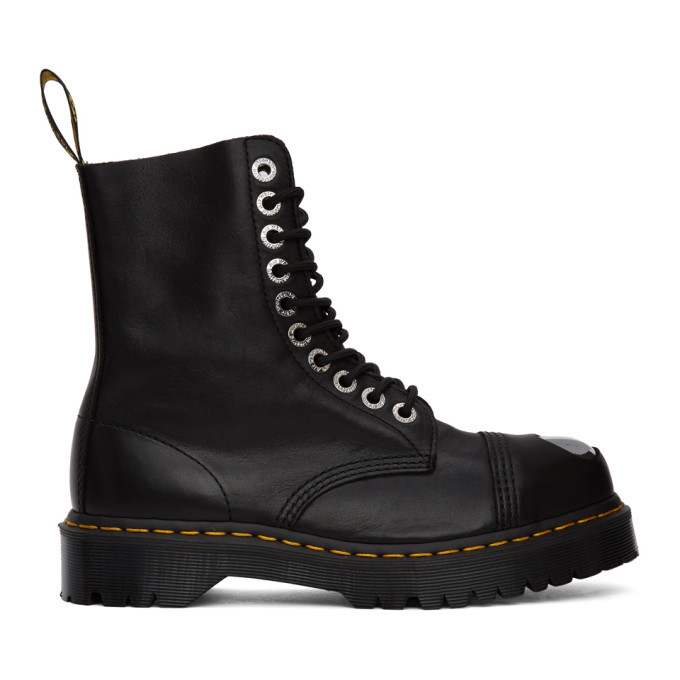 Photo: Dr. Martens Black Luxor 8761 Boots
