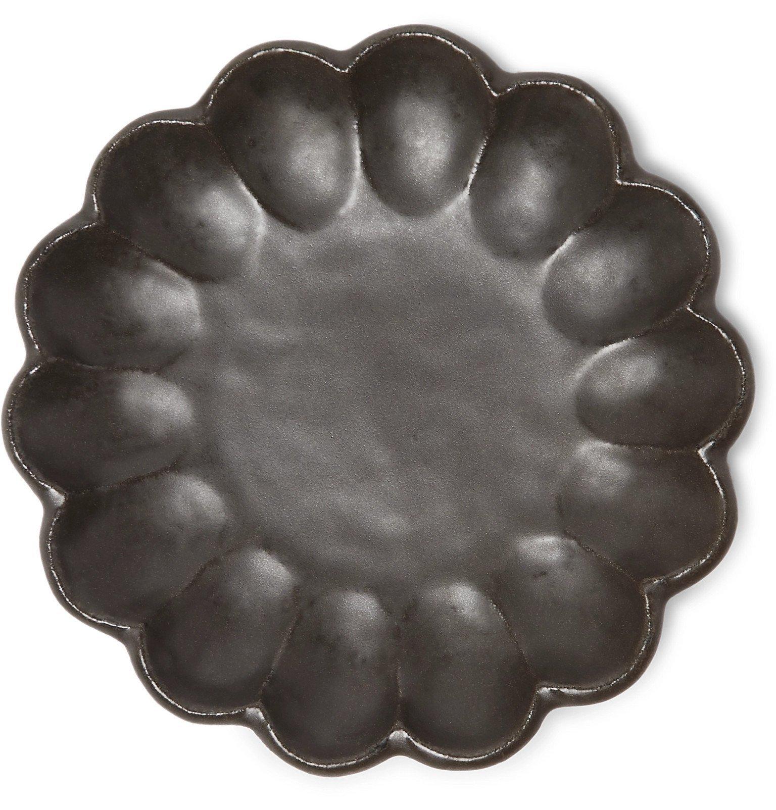 Roman & Williams Guild - Kaneko Kohyo Rinka Clay Plate - Gray