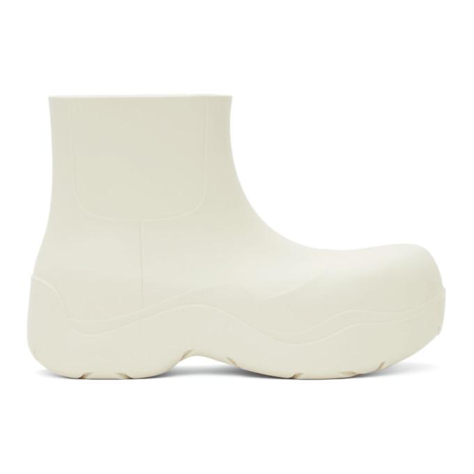Photo: Bottega Veneta Off-White Matte The Puddle Boots