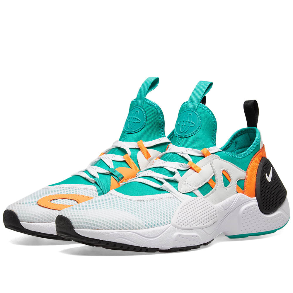 Photo: Nike Huarache E.D.G.E TXT QS