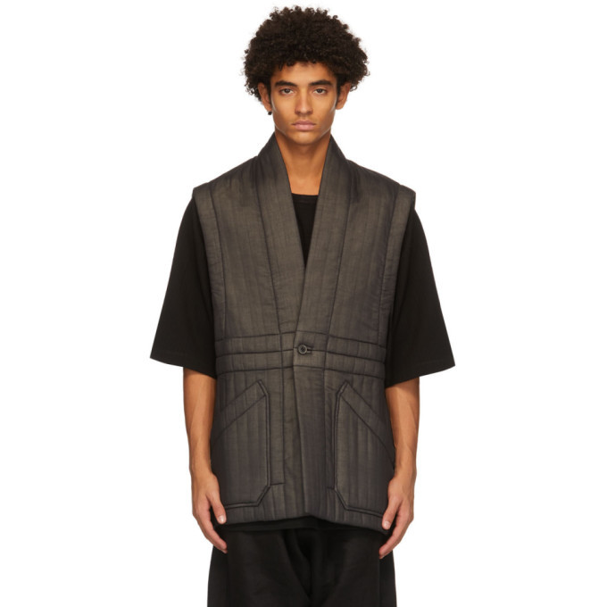 Photo: Jan-Jan Van Essche Black Fine Crepe Vest