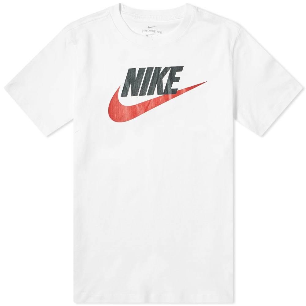 Photo: Nike Futura Logo Tee