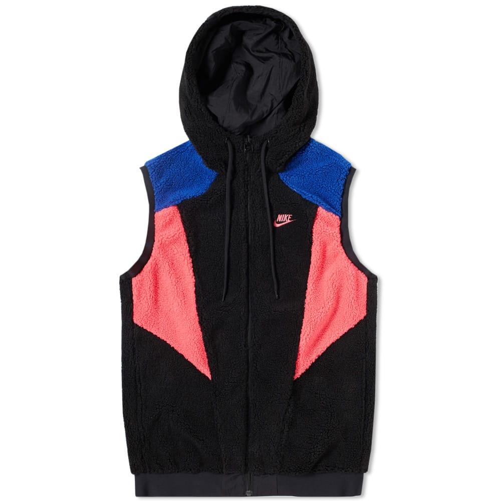 Photo: Nike Vapour Woven Reversible Hood Gilet