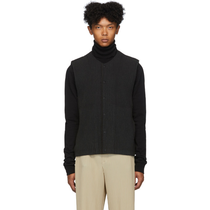 Photo: Homme Plisse Issey Miyake Grey Pleated Cotton Surface Vest