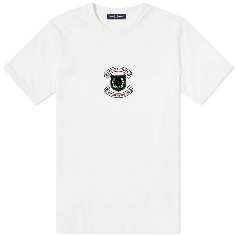 Photo: Fred Perry Authentic Embroidered Shield Tee