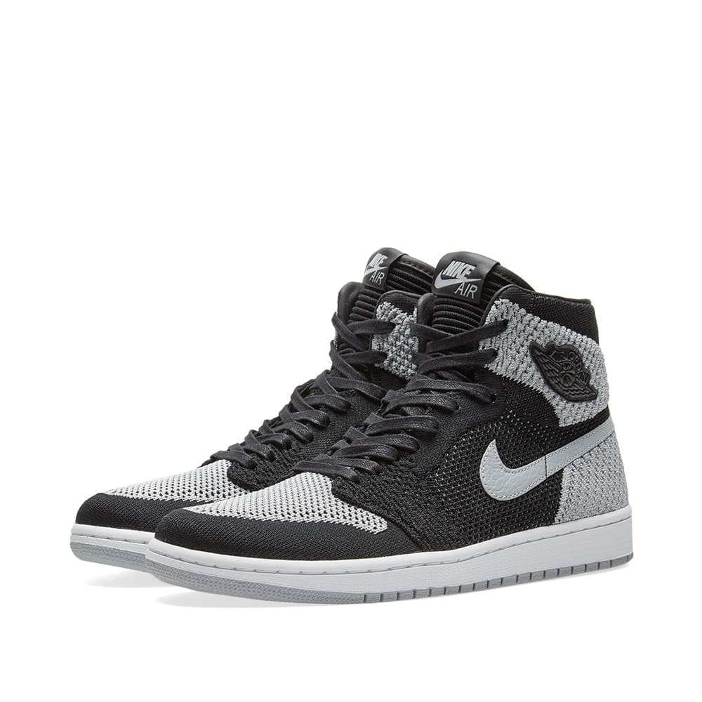 Photo: Nike Air Jordan 1 Retro High Flyknit GS