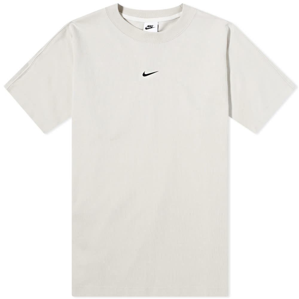 Photo: Nike Premium Essentials Heavyweight Tee