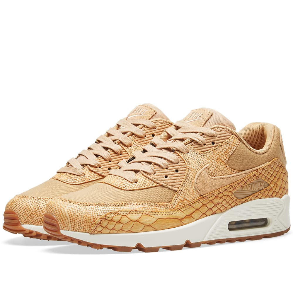 Photo: Nike Air Max 90 Premium Leather