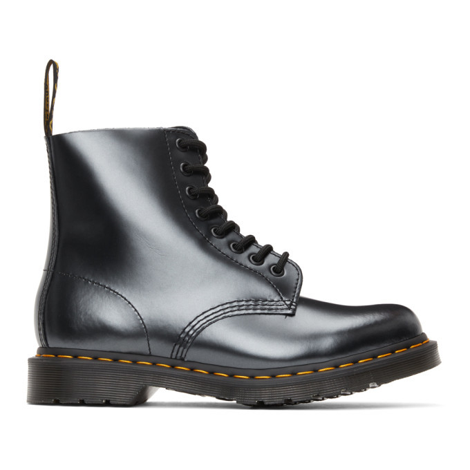 Photo: Dr. Martens Silver 1460 Pascal Boots