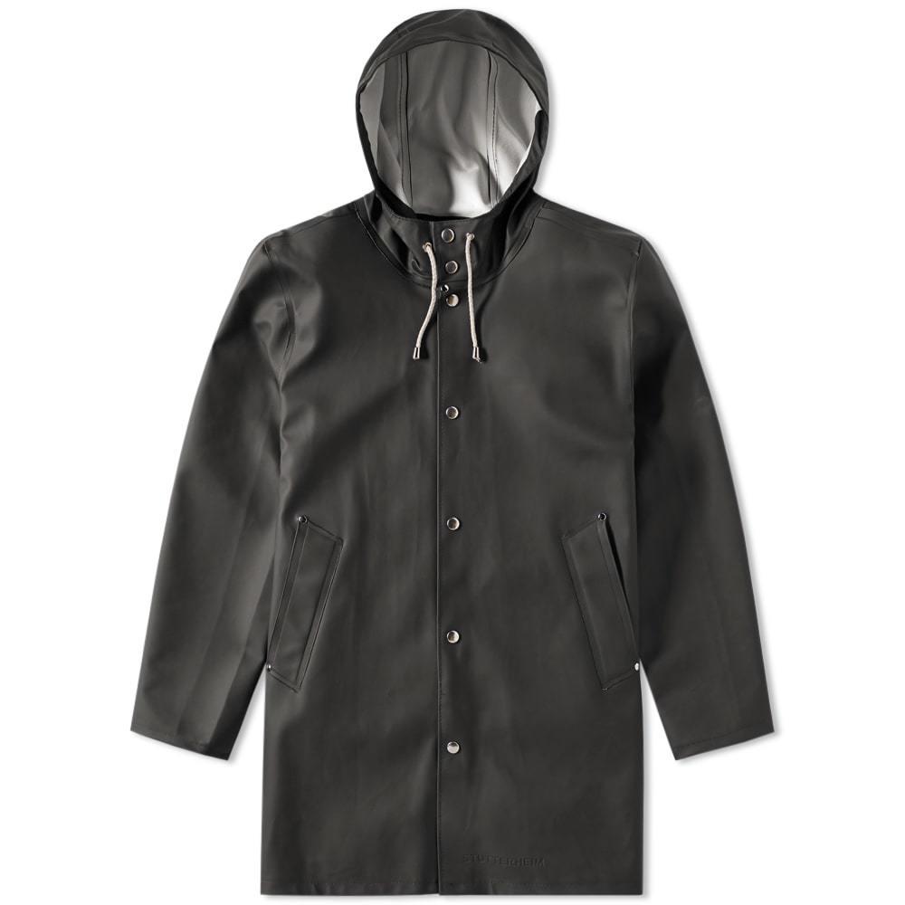 Photo: Stutterheim Stockholm Raincoat Black