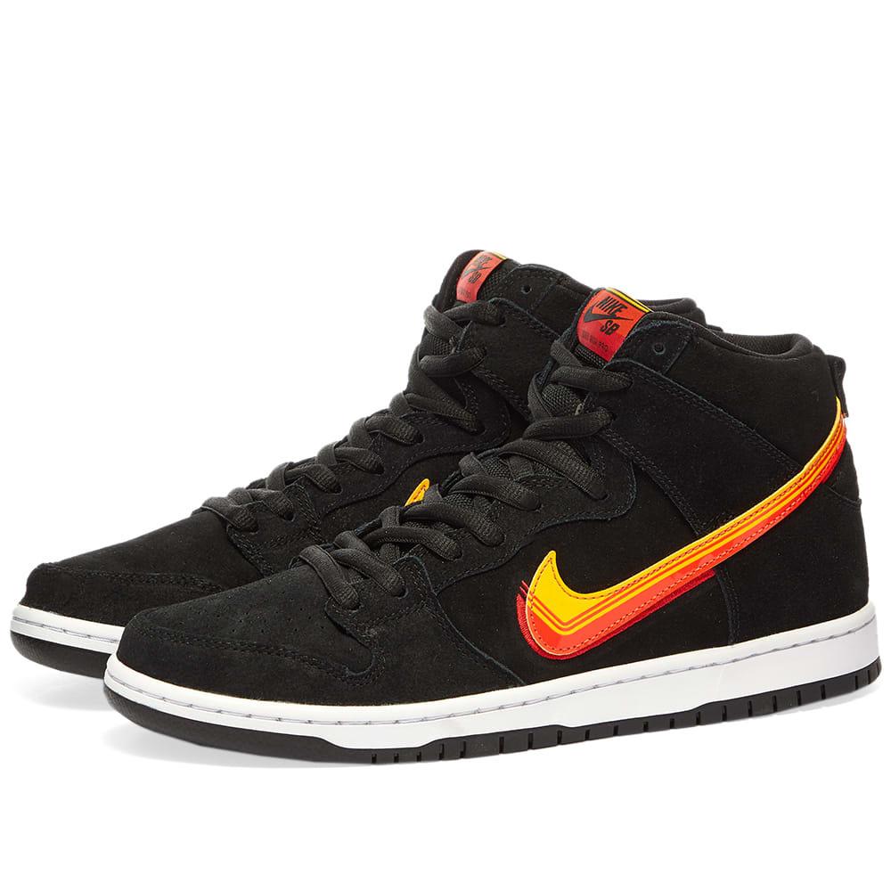 Photo: Nike SB Dunk Hi