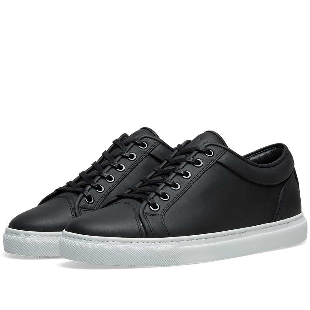 Photo: ETQ. Low Top 1 Sneaker Black