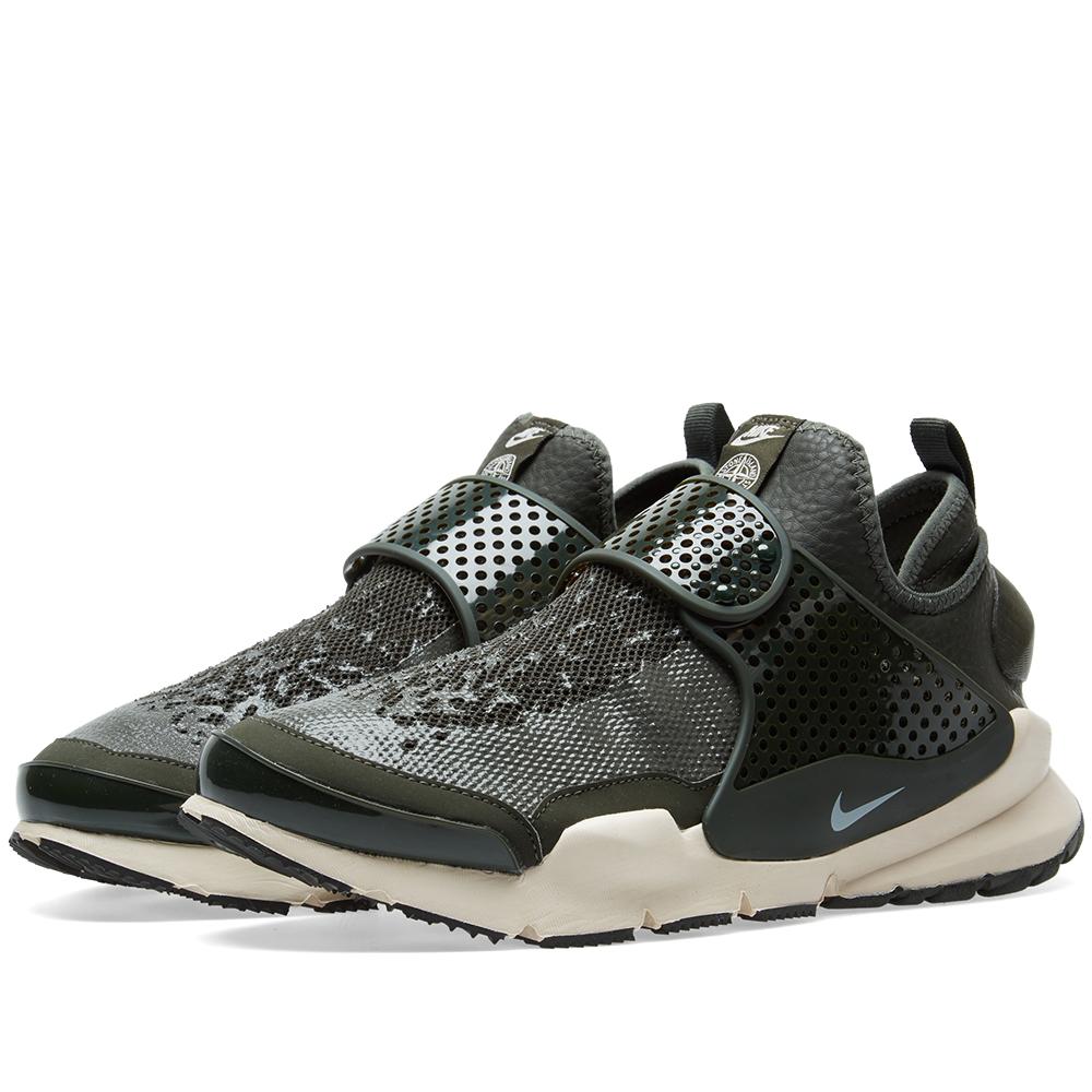 Photo: Nike x Stone Island Sock Dart Mid