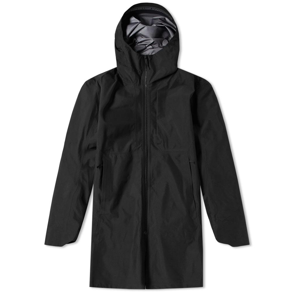Photo: Arc'teryx Veilance Monitor Coat