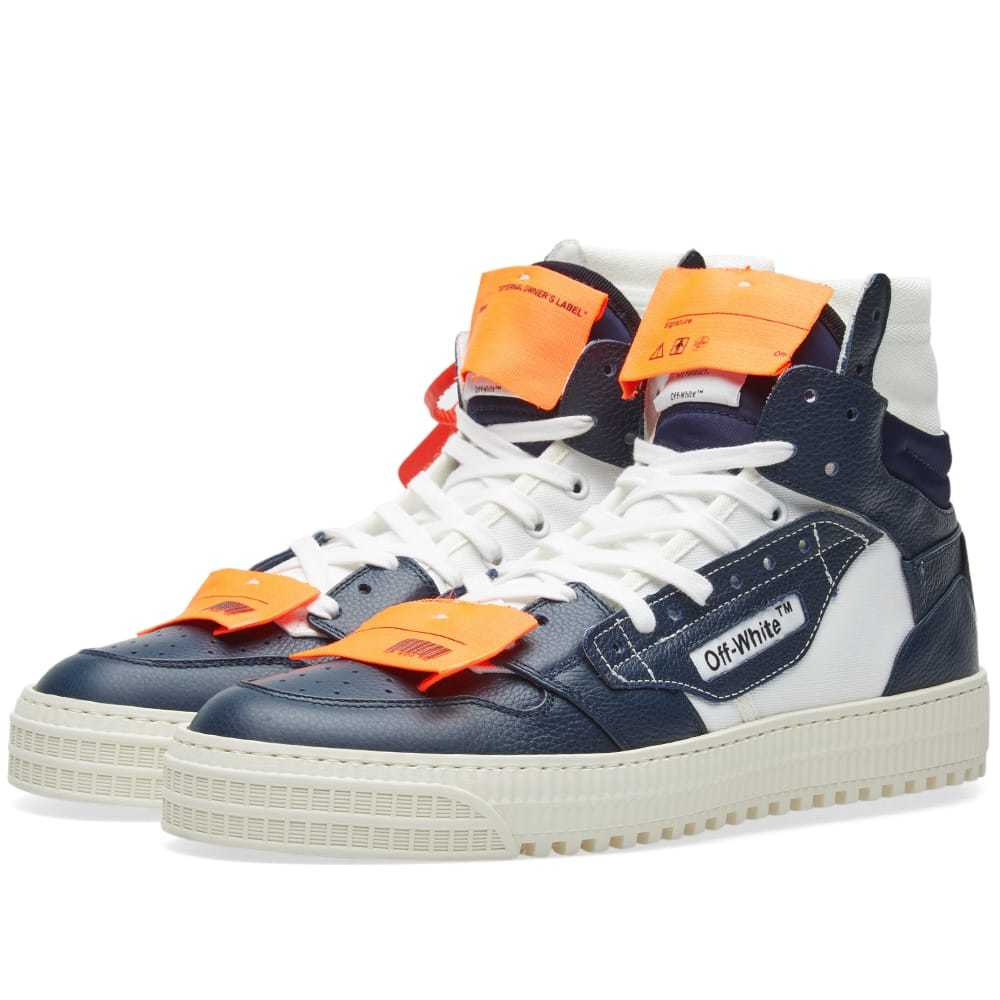 Photo: Off-White Off-Court Tumbled Sneaker
