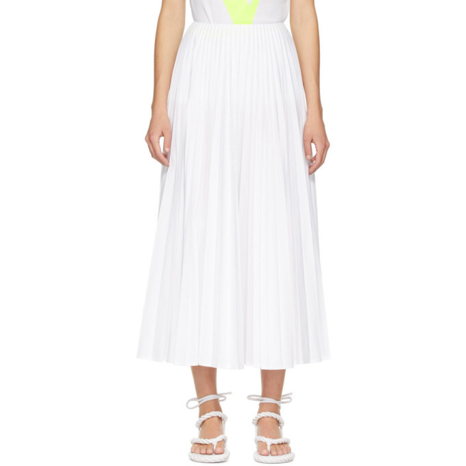 Photo: Valentino White Pleated Skirt