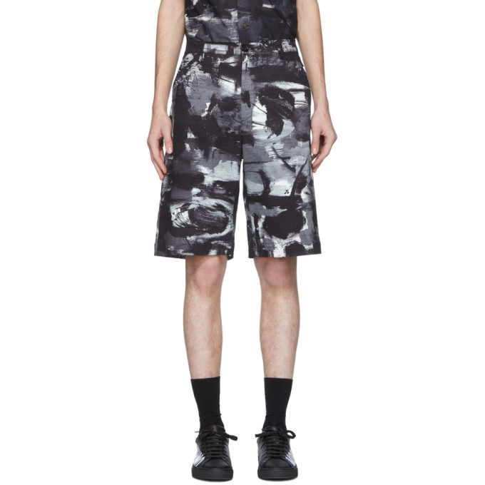 Photo: Moschino Black and White Mid-Length Shorts