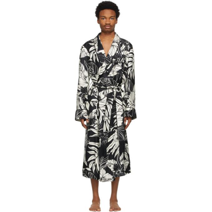 Photo: Tom Ford Black and White Silk Twill Robe
