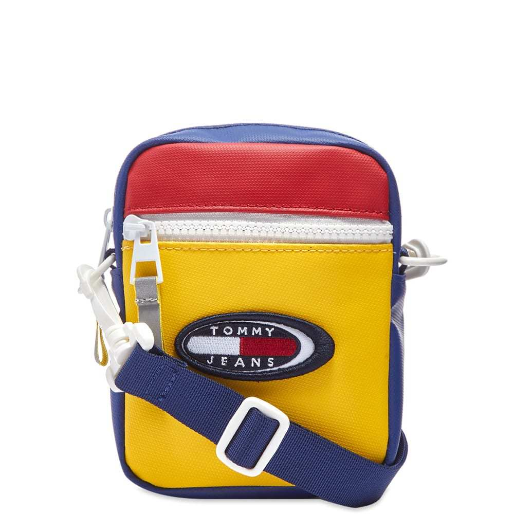 Photo: Tommy Jeans Summer Reporter Bag