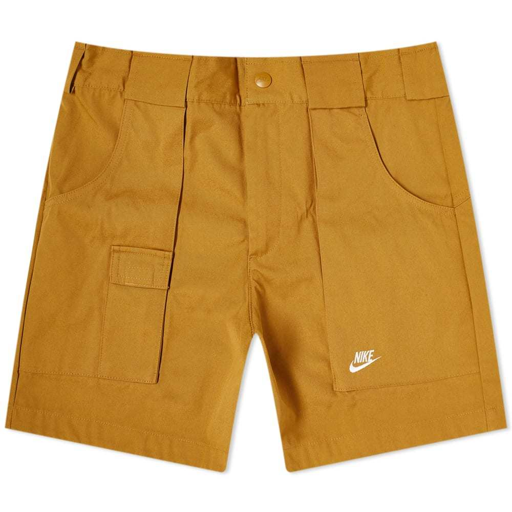 Photo: Nike Re-Issue Woven Short