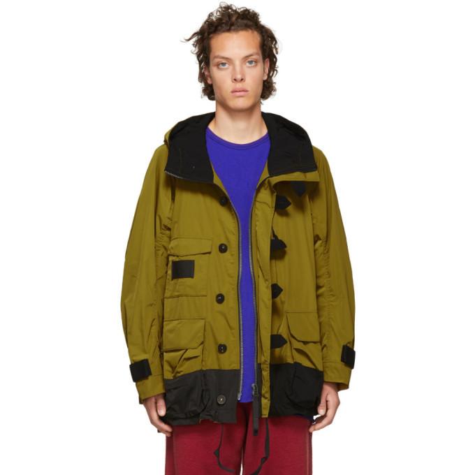 Photo: Ziggy Chen Yellow Hoodie Coat