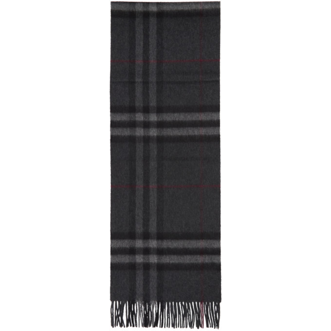Photo: Burberry Grey Cashmere Giant Check Scarf