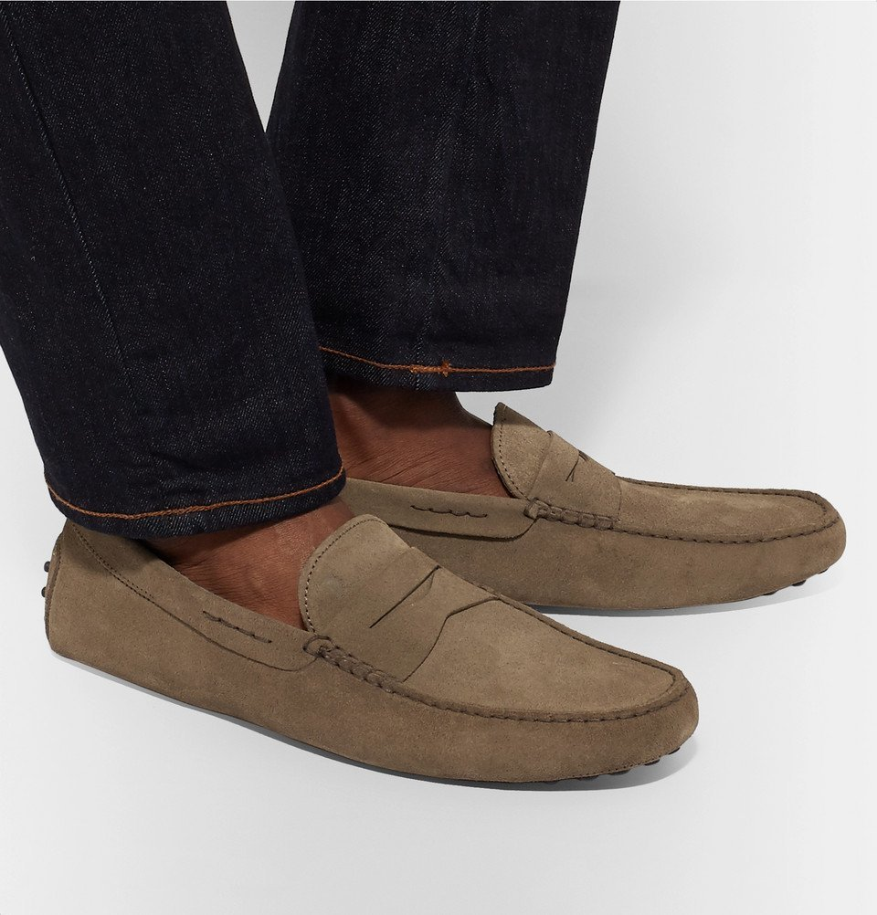 Tod's - Gommino Suede Driving Shoes - Men - Mushroom