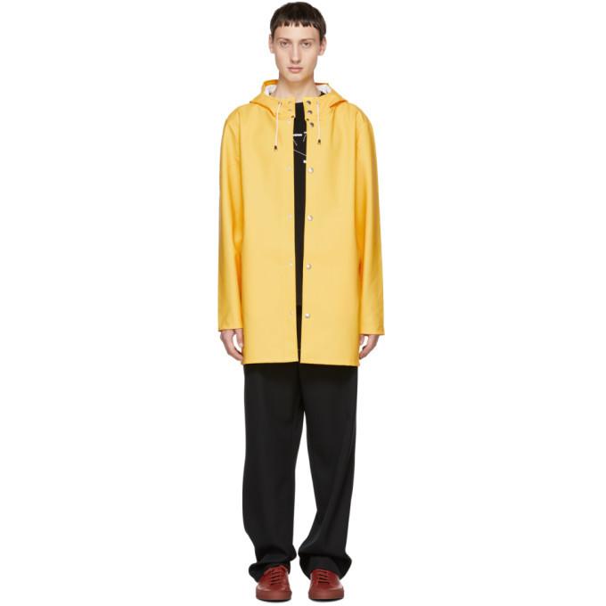 Photo: Stutterheim Yellow Stockholm Raincoat