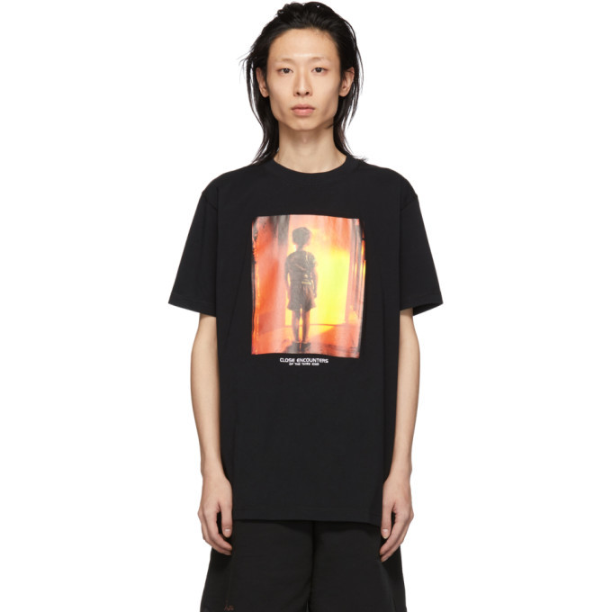 Photo: Marcelo Burlon County of Milan Black Close Encounters of the Third Kind Edition Child T-Shirt