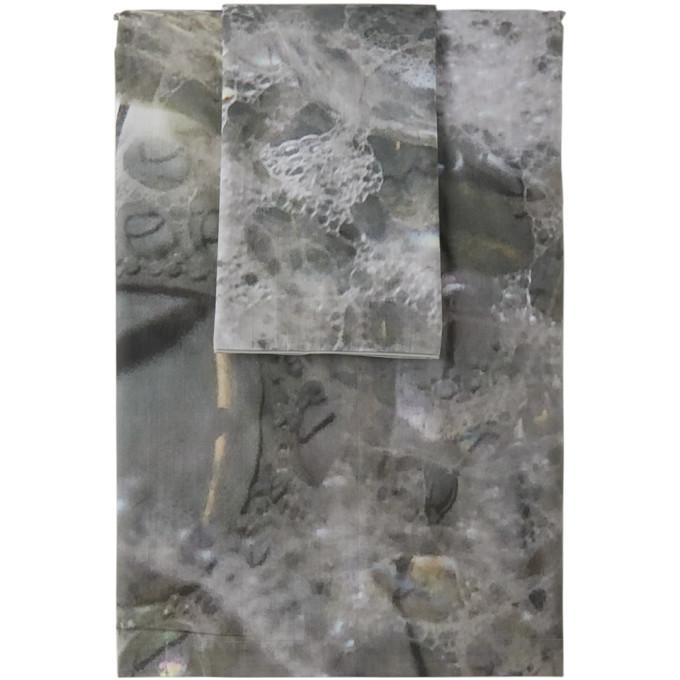 Photo: Serapis SSENSE Exclusive Grey Bubbles Linen Set, Queen