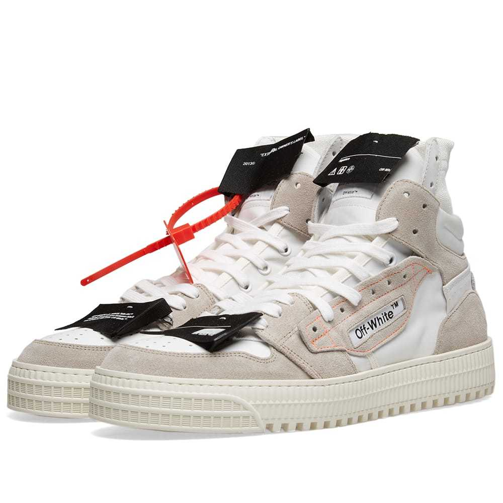 Photo: Off-White Off-Court Sneaker