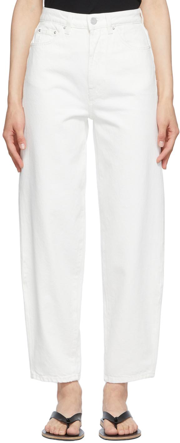 Photo: Totême Off-White Barrel Jeans