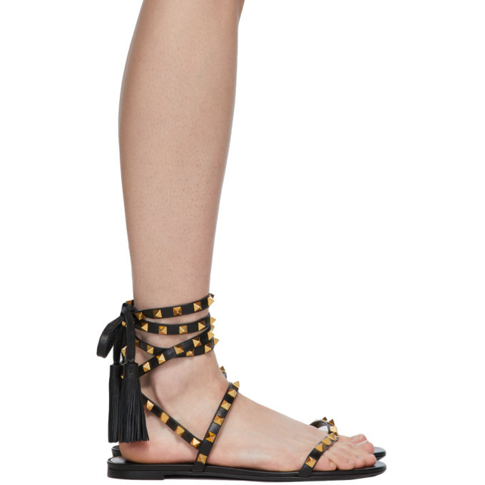 Photo: Valentino Black Valentino Garavani Rockstud Flair Thong Sandals