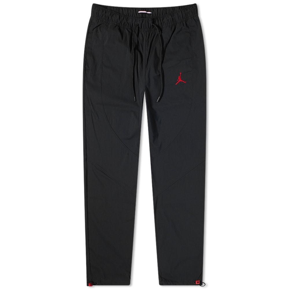Photo: Air Jordan Essential Woven Pant